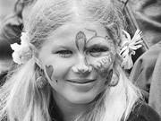 Hippie-Mädchen im Jahre 1967 AP
