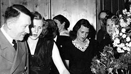 Eva Braun Adolf Hitler Drittes Reich Nationalsozialismus SZ Photo Scherl