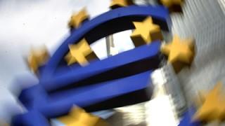 Krise der Währungsunion: Den Euro retten, Europa retten, AP