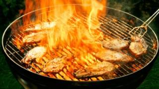 Weber Holzkohlegrill Rost Reinigen : Wie sich ein verkrusteter grillrost einfach reinigen lässt stil