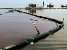 NEW001_OIL-RIG-LEAK_0526_1B