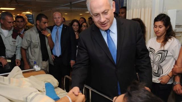 Israel greift Gaza-Hilfsflotte an - Netanjahu besucht Soldaten