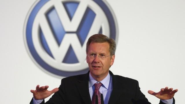 Merkel Visits Volkswagen Production Plant