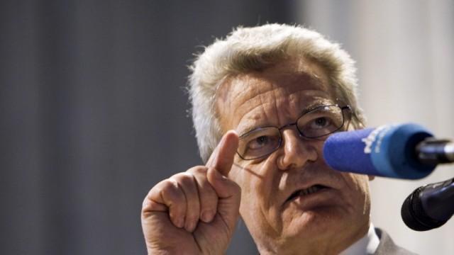 Wende-Erinnerung mit Joachim Gauck in Rostock