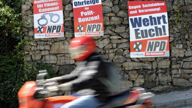 Wahlplakate der rechtsextremen NPD