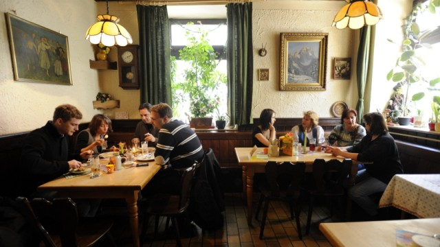 """Restaurants in München Bayerisches Restaurant Schlachthofviertel """"Ennstaler Stubn"""""""