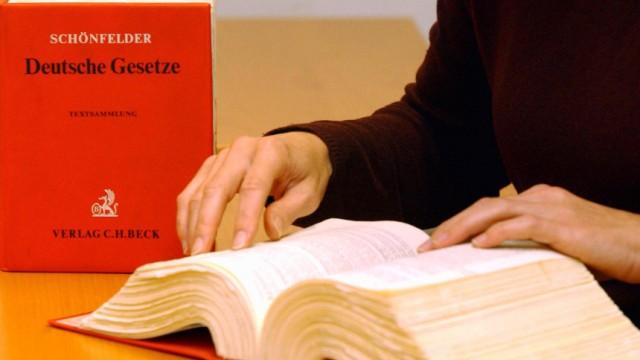 Anwalt Erhöhung der gesetzlichen Honorare