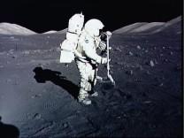 Kinderdienst: Auf dem Mond gibt es mehr Wasser als gedacht