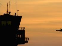 Luftverkehr Pilotenvereinigung Mängel Rostock-Laage, ddp