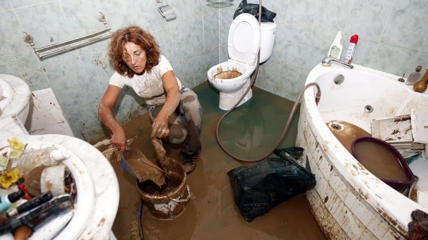 unwetter in südfrankreich - als sich das wasser langsam, Badezimmer ideen