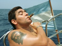 Armando Diego Maradonna vor Havanna, 2000
