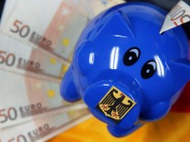 Presse: Schäuble braucht deutlich weniger Kredite