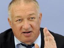 Pk 'Investitionen für Deutschland'