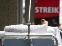 Marburger Bund bekraeftigt Gehaltsforderungen fuer Klinikaerzte