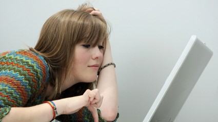 Jugendliche Laptop Chat