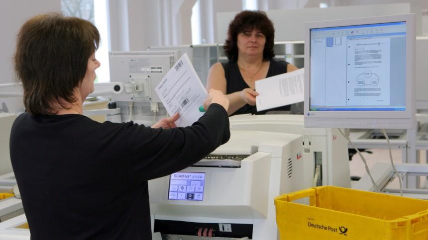 Post scannt Briefe für Bundesagentur