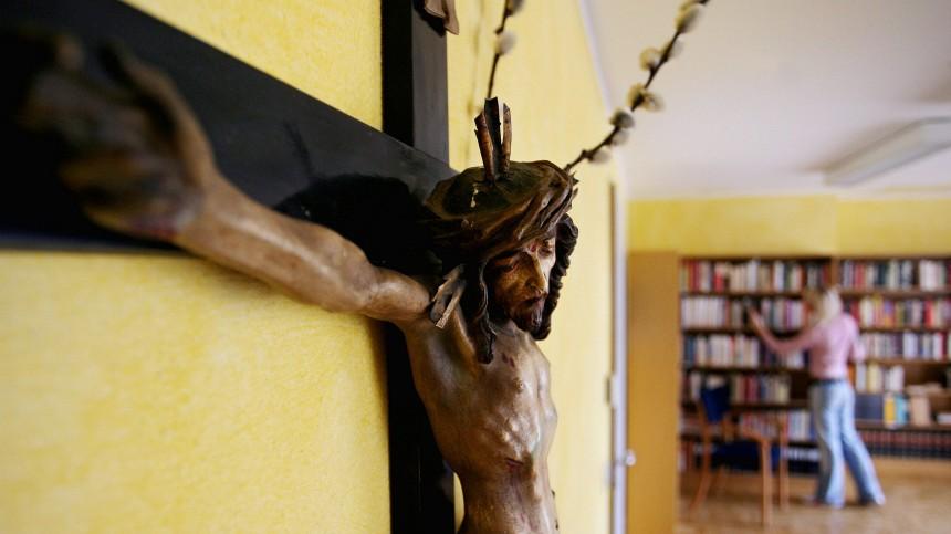 Pofalla fuer christliche Symbole im oeffentlichen Raum