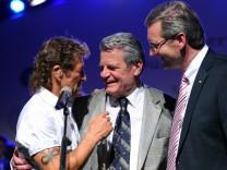 Sommerfest des Bundespräsidenten Peter Maffay  Kandidat Joachim Gauck Christian Wulff