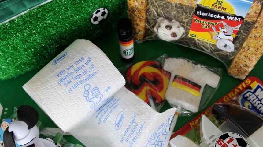 WM 2010 - Kuriose Fanartikel zur Fußball-WM