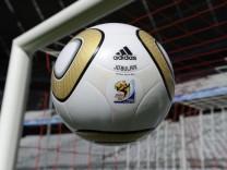 WM 2010 - Finale Spielball Jo'bulani