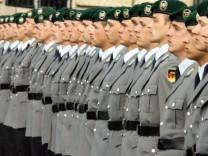 Koalitionsvertrag steht - Wehrpflicht