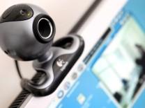 Hacker spioniert Schulerinnen über Webcams aus