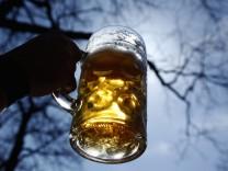 Ein sonniger Tag im Biergarten