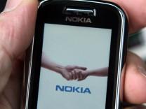 Krise trifft Nokia: Gewinneinbruch zum Jahresende
