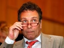 Ermittlungen gegen Linke-Chef Ernst wegen Untreueverdachts