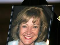 Beisetzung von Charlotte Böhringer, 2006