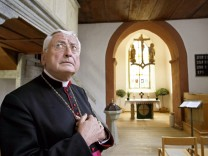 Ex-Bischof Mixa wieder im Bischofspalais
