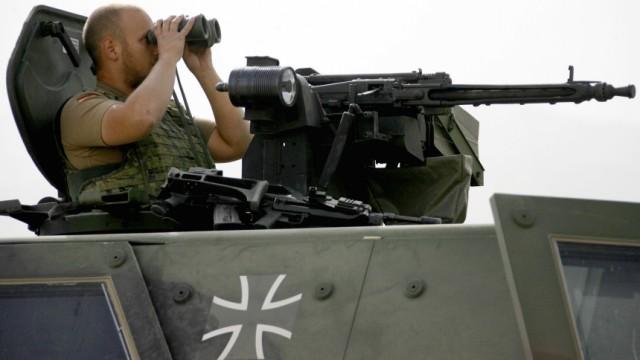 Neue Ausrüstung für Soldaten gefordert