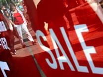 Sommerschlussverkauf im Einzelhandel