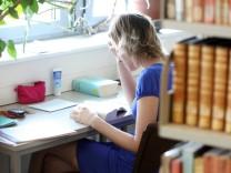 Einlesen statt ausspannen: Das Semester richtig vorbereiten