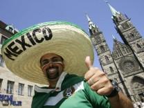 Mexikanische Fußballfans in Nürnberg, 2006
