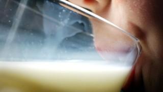 Milchbauern demonstrieren für höhere Preise