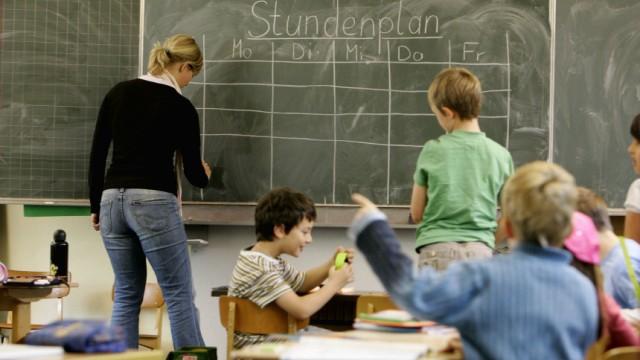 Kinderdienst: Es fehlen so viele Lehrer wie noch nie