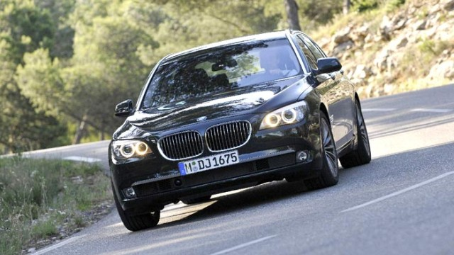 Fahrberichte BMW 750i xDrive