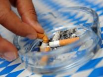 Striktes Rauchverbot tritt in Kraft