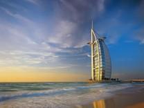 Dubais Wahrzeichen, das Luxushotel Burj al Arab