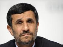 Bericht: Explosion nahe Konvoi Ahmadinedschads