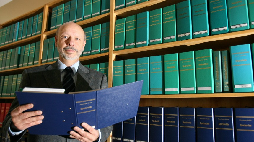 Ernst Munzinger - Munzinger Archiv GmbH