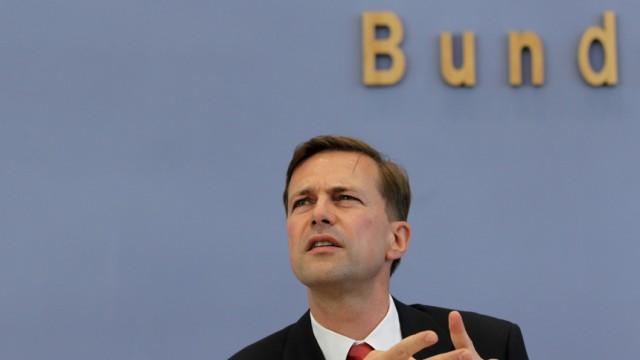 Inauguration For Merkel's New Spokesman Seibert