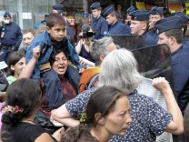 FRANCE-ROMA-POLICE-POLITICS-IMMIGRATION