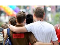 Benachteiligung Homosexueller bei Erbschaften verfassungswidrig