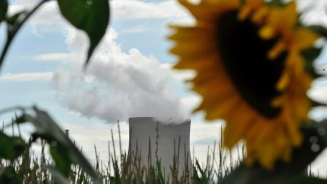 Merkel will Konflikt mit der Wirtschaft um Atomkraft entschaerfen