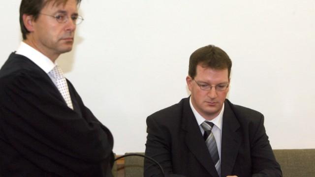 Urteil im 'Todespfleger' Prozess - Lebenslange Haft