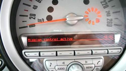Mini mit Mission Control