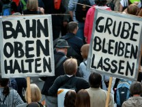 Protests Overshadow Stuttgart Rail Project
