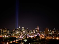 Ground Zero Memorial Lights Tested